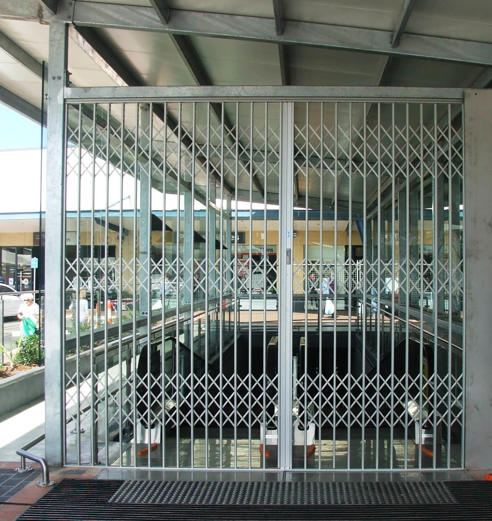 Sliding security gate s ™ aluminium door the