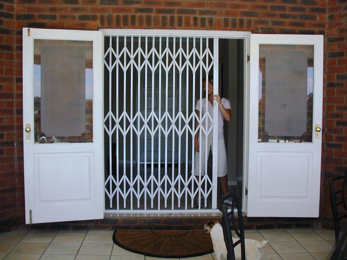 Heavy duty steel trellis security doors with lattice design