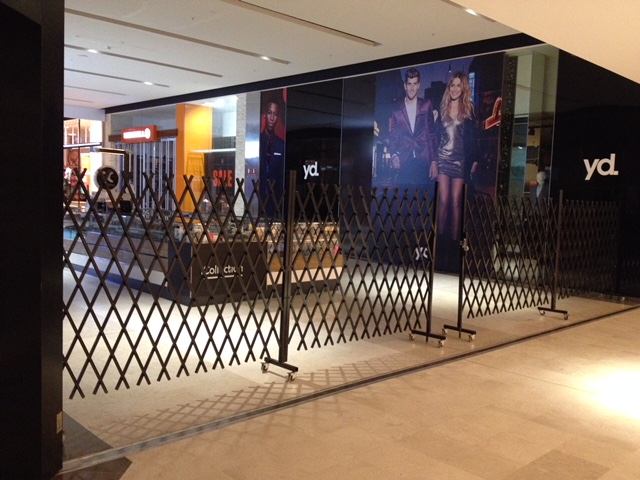 EXTENDABLE GATES FOR WESTFIELD FOUNTAIN GATE