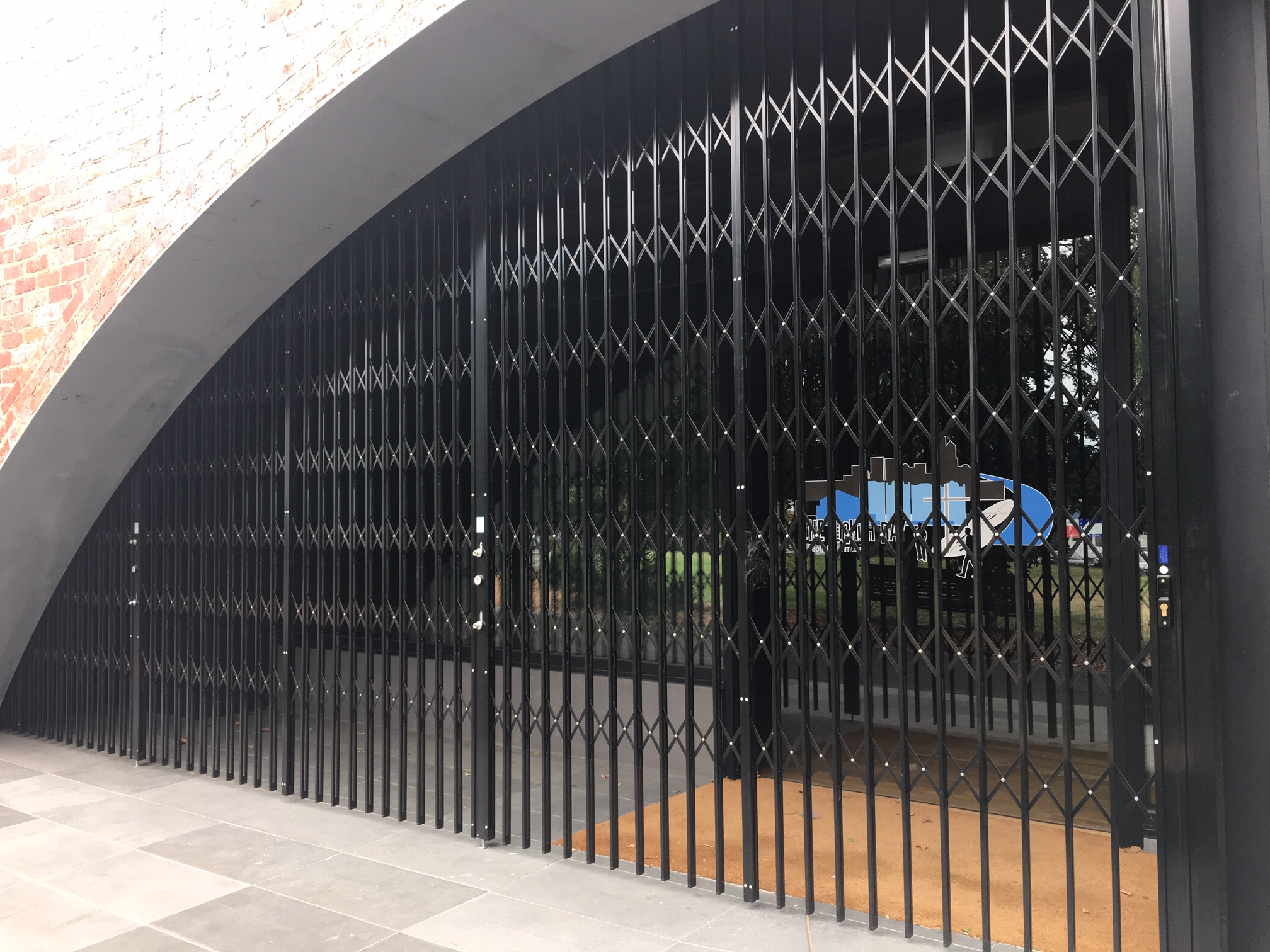 Curved Steel Retractable Commercial Security Door